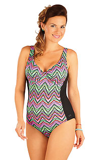 Swimsuit LITEX > Swimsuit with underwired cups.