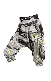 Kid´s sportswear LITEX > Children´s drop crotch 3/4 length trousers.
