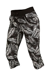 Leggings, trousers, shorts LITEX > Women´s low waist 3/4 length trousers.