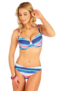 Swimsuit LITEX > Bikini top with deep cups.