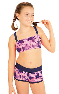 Girl´s swim shorts. LITEX