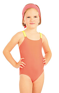 Girl´s swimsuit. LITEX