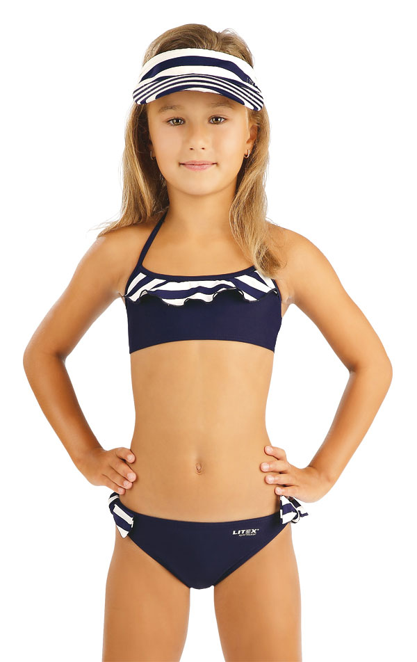 0b80f1f21606f Girl´s ruffle bikini top. 93574
